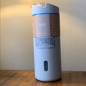 Dry Goods Canister With Measuring Cup